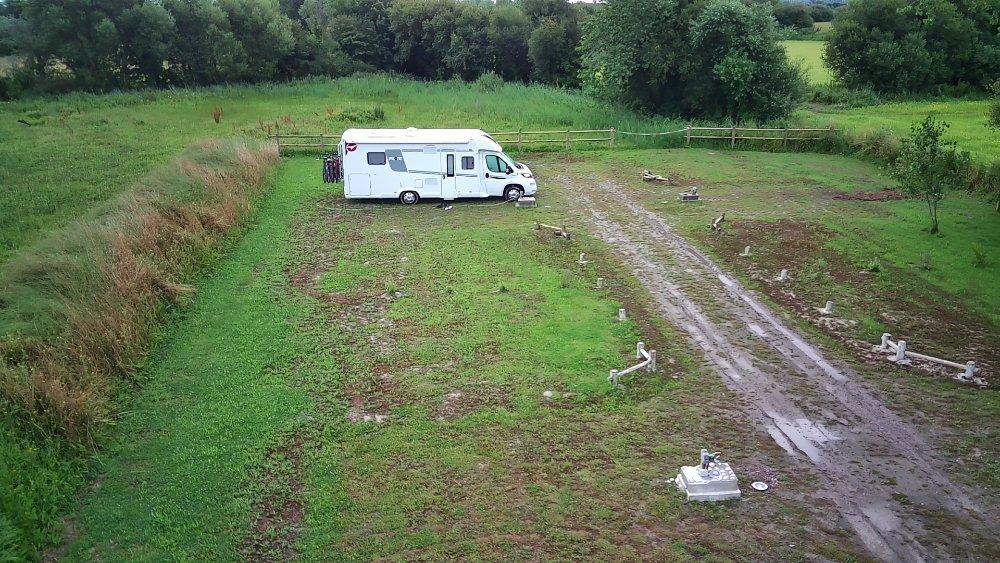 Aire camping-car à Créances (50710) - Photo 7